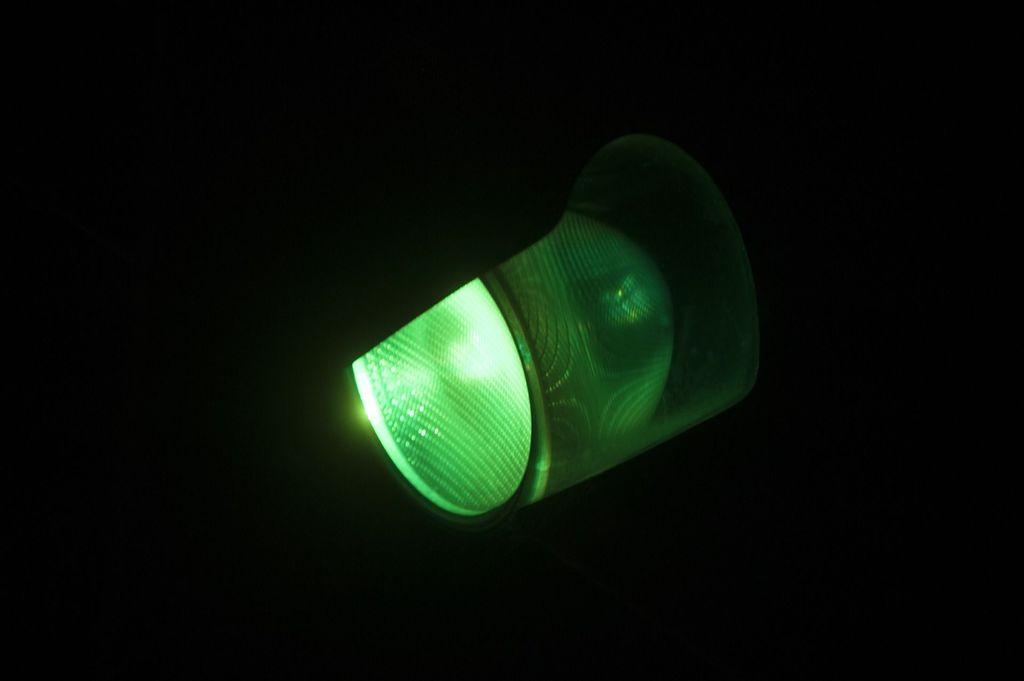 zielone światło.jpeg
