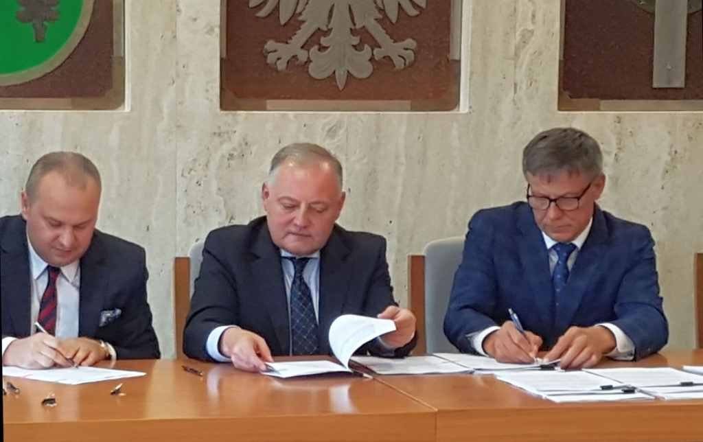podpisanie umowy między PGE a Gminą Kleszczów